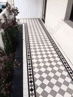 The Tessellated Tile Market sells beautiful, affordable heritage tessellated tiles in Sydney. Hallway Decorating, Traditional Front Doors, Balcony Flooring, Porch Tile, Front Path, Balcony Tiles, Terrace House Exterior, Patio Tiles, Tiled Hallway