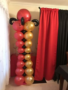 Balloon Backdrop, Balloon Columns, The Balloon, Balloon Decorations, Balloons, Balloon Ideas, Board Game Geek, Board Games, Casino Party