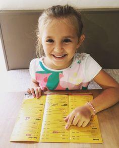 ...ten Salamový nálet chci! #vosimecz #sweet #children #pizzalover #pizza #yellowmenufood #saturday #novyjicin #orlova #frydekmistek