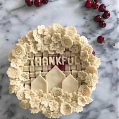 Yes, we know it's Monday (groan), but sweet pie reminds us that it's a good time to be thankful! What are you thankful for this week? Cake Decorating Tips, Cookie Decorating, Caramel Apple Pops, Pie Crust Recipes, Pie Crusts, Pie Crust Designs, Pie Decoration, Pies Art, Thanksgiving Leftover Recipes