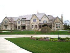 Beautiful home in Hartland, WI