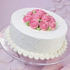 Wilton Cake Decorating, Cake Decorating Designs, Creative Cake Decorating, Cake Decorating Videos, Birthday Cake Decorating, Cake Decorating Techniques, Creative Cakes, Cake Designs, Cake Icing