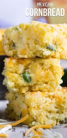 This EASY Mexican Cornbread recipe is one of the best cornbreads I've ever had! The cornbread mix is filled with jalapeños and cheese making this the perfect side dish. via food dishes Easy Mexican Cornbread Recipe Easy Mexican Cornbread, Homemade Cornbread, Cornbread Mix, Easy Recipe For Mexican Cornbread, Cornbread Recipe With Cheese, Jalapeno Cheese Cornbread, Mexican Cornbread Casserole, Gastronomia, Side Dishes