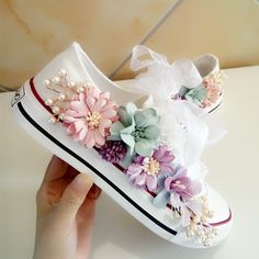 Cheap Women& Vulcanize Shoes, Buy Directly from China New Cozy Fantasy Seven-color Flower Pearl Austria Rhinestone Yarn Lace Thick sole Single shoes Canvas shoes QIAOJINGREN Zapatos Bling Bling, Bling Shoes, Women's Shoes, Fall Shoes, Kid Shoes, Platform Shoes, Diy Fashion, Fashion Shoes, Ideias Fashion
