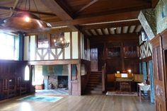 Blackwell, The Arts & Crafts House, Bowness-on-Windermere Picture: Great Hall - Check out Tripadvisor members' 375 candid photos and videos. Arts And Crafts Interiors, Arts And Crafts House, Diy Arts And Crafts, Home Crafts, Diy Home Decor, Cabin Interiors, White Rooms, Arts And Crafts Movement, Historic Homes