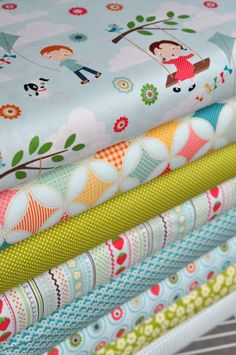 Handmade image is courtesy of Hawthorne Threads Fabric Bundle