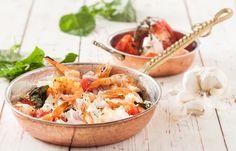 Γαρίδες σαγανάκι με θυμάρι Fish, Pisces