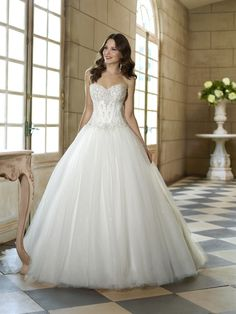 Claudia - Ballgown - Gowns - Felicitys Bridal