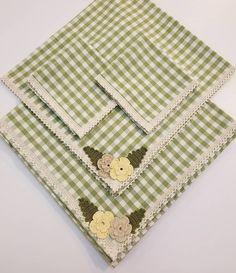 Crochet Dishcloths, Crochet Stitches, Crochet Flower Patterns, Crochet Flowers, Sewing Courses, Jute Crafts, House Quilts, Sewing Art, Bargello