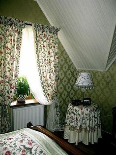 Living Room Curtains Floral Bedrooms New Ideas Ceiling Curtains, Ikea Curtains, Modern Curtains, Bedroom Curtains, Floral Bedroom, Bedroom Colors, Stoff Design, Modern Ceiling, Curtain Designs