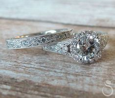 Vintage vibes bridal set #engagementring #weddingband #bridaljewelry #unique #vintage