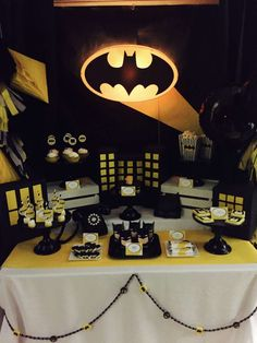 Modern Batman Party | CatchMyParty.com