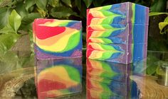 Zarah Body SCARLET MACAW vegan bar smells like tropical fruit and features the colors of its namesake bird. With all the colors of the rainbow, this fun and fruity soap will put a smile on your face every time you use it. Contains cocoa butter for a longer-lasting bar. Makes a wonderful gift, too!  Weighs approximately 125 g and measures 6 cm X 7.5 cm X 2.5 cm. All Zarah Body soaps are made in small batches and individually cut by hand, so each bar is naturally varied in design and color…