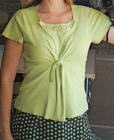 This is an inspiring example of t-shirt modification. This I want to try!   After re-fashion by JonaG, via Flickr