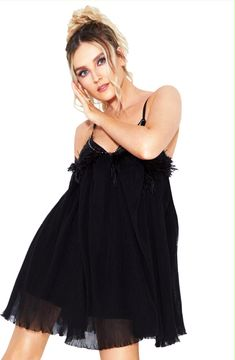Little Mix photographed by Matthew Eades for Cosmopolitan UK Perrie Edwards Style, Little Mix Perrie Edwards, Cosmopolitan, Little Mix Jesy, Litte Mix, Red Taylor, Mixed Girls, Jesy Nelson, Spice Girls