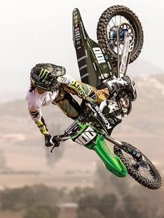 josh Hansen keep it Enduro Motocross, Motocross Racing, Bmx, Dirt Bike Racing, Dirt Bike Girl, Porsche, Audi, Triumph Motorcycles, Ducati