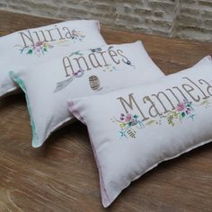 Cojines personalizados con tu nombre. Perfectos para una habitación, ideales como regalo. Personalized pillows with your name. Perfect for a bedroom, a very cool gift.