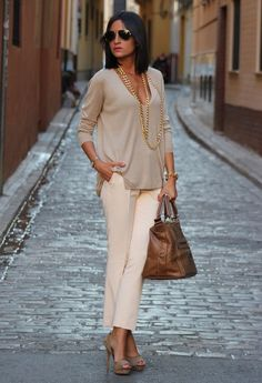 Chic and casual monotone cream with chains