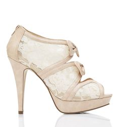 Forever New Charlotte platform heels ft. lace and bows. just a few of my favourite things in a shoe. NEED! :)