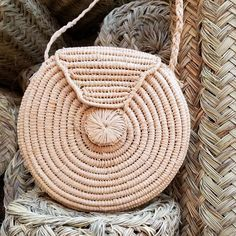 Raffia Roundie Bag #shopceladon