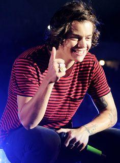 Harry 05/28/14!! I'm loving the red ❤️❤️❤️