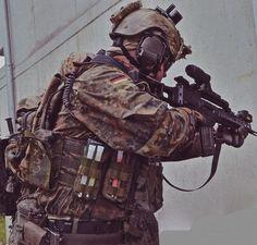 German Bundeswehr Fallschirmjäger.