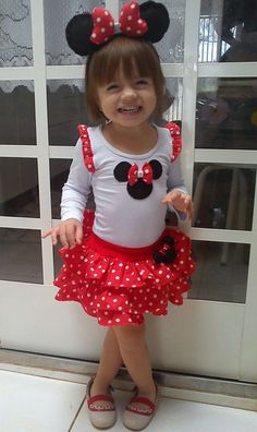 Minnie grandma make this for maci. Mini Mouse 1st Birthday, Mickey Party, Mickey Mouse Birthday, 1st Birthday Girls, Red Minnie Mouse, Mickey Mouse Clubhouse, Mouse Costume, Baby Girl Dresses, Kids Outfits