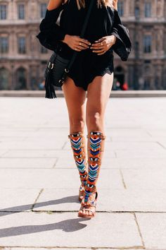Sam Edelman gladiator sandals. These are freaking amazing!! For those asking where to get them from. According to the Sam Edelman insta they are only available at the Soho or Beverly Hills stores.