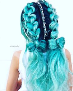 70 Charming Braided Hairstyles Perfect Double Braids Ponytails ❤️ Do not believe in the myth that braided hairstyles are difficult to do. We have picked some braids that are trendy, messy, and, most importantly, easy. Cute Hair Colors, Pretty Hair Color, Beautiful Hair Color, Hair Dye Colors, Braided Ponytail, Knotted Braid, Pretty Hairstyles, Hairstyles Haircuts, Mermaid Hairstyles
