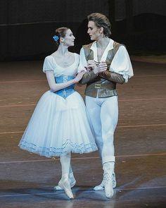 Svetlana Zakharova and Denis Rodkin in Giselle