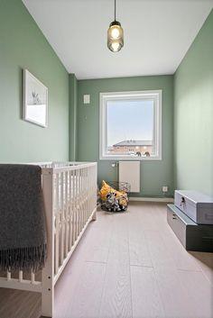 FINN – BJERKEDALEN - Strøken nyoppusset 4-roms med solrik balkong! Fyring/varmtvann inkludert. Attraktivt område!