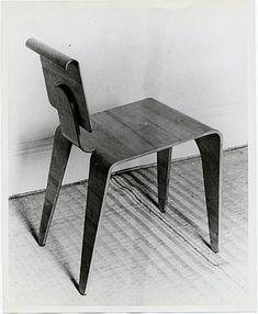 Isokon chair designed by Marcel Breuer, 1935