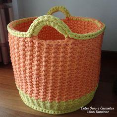 Örgü Çamaşır Sepeti Modelleri 1 Crochet Kitchen, Crochet Home, Tunisian Crochet, Knit Crochet, Crochet Storage, Needle Case, Laundry Hamper, T Shirt Yarn, Crochet Patterns