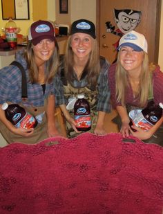 Ocean Spray Commercial Guys costume for Halloween Group DIY Funny Group Halloween Costumes, Pop Culture Halloween Costume, Halloween Kostüm, Couple Halloween Costumes, Diy Costumes, Costume Ideas, Creative Costumes, Unique Costumes, Homemade Costumes