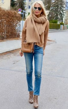 Fashion Mode, Fashion Over 50, Look Fashion, Winter Fashion, Womens Fashion, Retro Fashion, Mode Outfits, Stylish Outfits, Winter Outfits