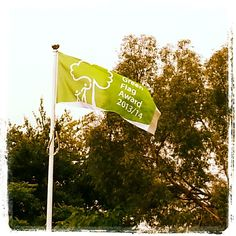 More #green #flags than anywhere else in the country! #parks #green #Hillingdon #london #uk #ourday
