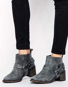 KG by Kurt Geiger Sienna Western Chain Ankle Boots