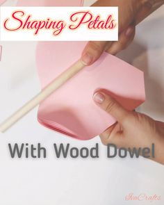 Paper Flowers Guide, Paper Crafts DIY, Flower Tutorial, Large Paper Flowers : Easy way to shape paper petals using wood dowel! Paper Quilling Flowers, Easy Paper Flowers, Paper Flowers Craft, Paper Flower Wall, Giant Paper Flowers, Diy Flowers, Diy Paper Flower Backdrop, Paper Flowers Wall Decor, Paper Flower Patterns