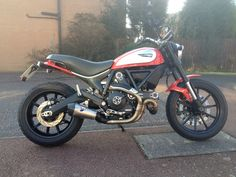 Some photos of the tail tidy after installation on the Ducati Scrambler