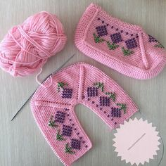 Best 12 Good example to your health @ tugbaca. Crochet Stitches Patterns, Baby Knitting Patterns, Crochet Motif, Crochet Lace, Hand Knitting, Black And White Words, Knitted Baby Clothes, Knitted Slippers, Crochet Woman