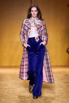 Zimmermann Fall 2020 Ready-to-Wear Fashion Show - Zimmermann Fall 2020 Ready-to-Wear Collection – Vogue - 2020 Fashion Trends, Fashion Week, Fashion 2020, Runway Fashion, Fashion Looks, Fashion Outfits, Dubai Fashion, Daily Fashion, Street Fashion