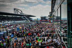 Die Mediengruppe RTL Deutschland hat sich die Fernsehrechte am legendären ADAC Zurich 24h-Rennen 2016 auf dem Nürburgring gesichert