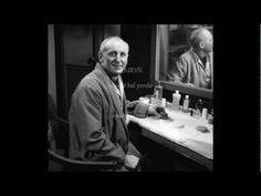 Paroles: Robert Nyel. Musique: Gaby Verlor 1961 C'était tout juste après la guerre, Dans un petit bal qu'avait souffert. Sur une piste de misère, Y'en avait ...
