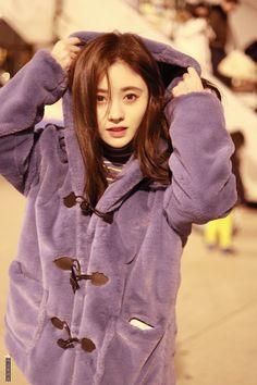 Girl Photo Poses, Girl Photography Poses, Girl Poses, Cute Selfie Ideas, Alien Girl, Ulzzang Korean Girl, Model Outfits, China Girl, Digital Art Girl