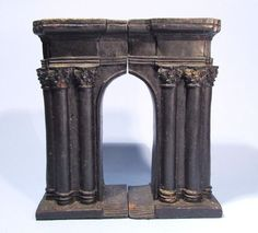 ANCIENT ROMAN ARCH OF SERGIUS CAST IRON BOOKENDS VINTAGE METAL SOUVENIR BUILDING