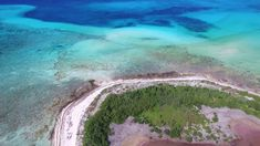 Cozumel Drone Video  Punta Sur Eco Park and Columbia Lagoon (4K)  I had a great day at the south end of the island yesterday. Papitos Beach Club located in the Punta Sur Eco Park on a quiet day is my happy place in Cozumel.  The 4K drone footage in this clip is not lens corrected or color graded but reserved for a film project premiering in May 2018.  Find me elsewhere on the web:  Website: http://ScottHarrell.net Google: https://ift.tt/2pMHz4G Twitter: https://twitter.com/lscottharrell…