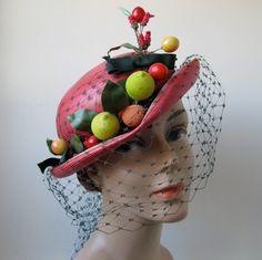 Vintage 1930s Hat. .