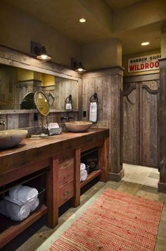 Modern country bathroom decor country style bathroom decor rustic bathroom ideas full size of ideas country Small Rustic Bathrooms, Western Bathrooms, Cabin Bathrooms, Rustic Bathroom Designs, Rustic Bathroom Vanities, Rustic Bathroom Decor, Bathroom Styling, Rustic Decor, Bathroom Ideas