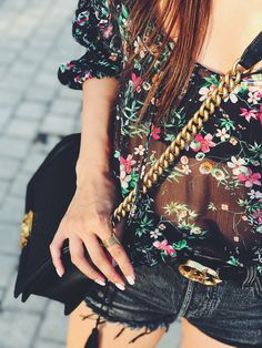 Dark Florals for Summer Evenings: See the Full Look and Get It here: https://www.firstandseven.com/fashion/summer-sales Cool, Summer, Pink, Blue, Hues, Summer Fashion, Fashion, Trends, Style, Streetstyle, Lifestyle, Blog, Design, Color, Inspo, Inspiration, Trending, Accessories, Season, SS 2017, SS17, HowTo, Whattowear, Howtowear, WhatIWore, American, Europe, Floral, Blouse, Shop