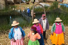 The sights, sounds & colors in Uros Islands